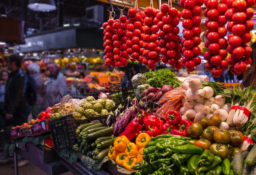 Sowohl in Barcelona als auch in Santa Susanna laden mehrere Märkte zum Schlendern ein.