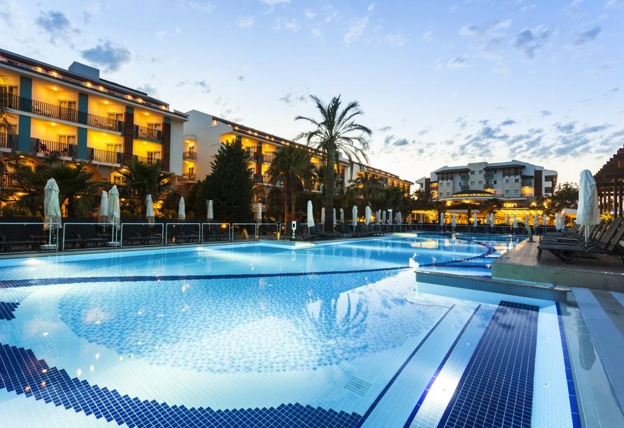 Hotel Belek Beach Resort, Außenpool