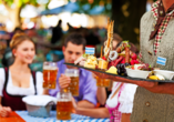 Schattige Biergärten laden zu einer wohltuenden Rast ein.