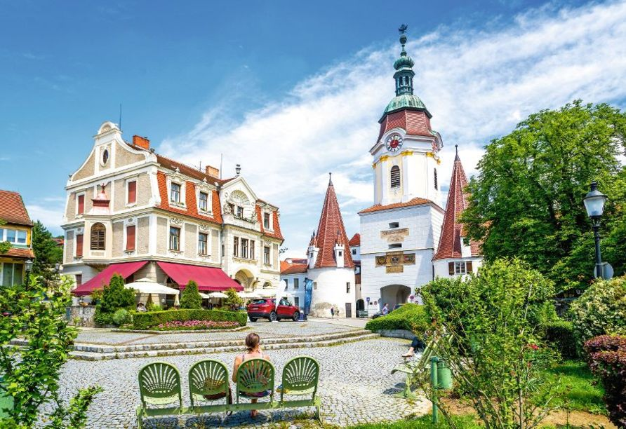 MS Primadonna, Krems